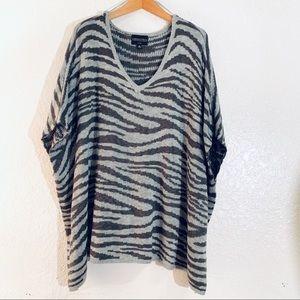 Absolutely Creative Worldwide V-Neck Sweater Zebra